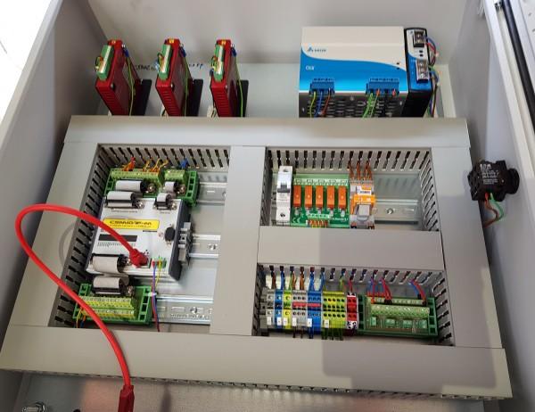 CNC Steuerung 3 Achsen mit 4,4 Ampere Endstufen 48 Volt